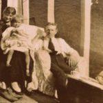 Dr. Edward Bach, su esposa Kitty y la hija de ambos, Evelyn (Bobbie)