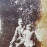 Edward Bach y Evelyn (Bobbie) en Chorleywood.