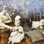 Edward Bach, Kitty y Evelyn (Bobbie)